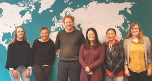 Team van professor Bernard Thienpont photo