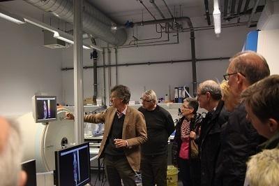 Visite du laboratoire de Gosselie : les apareils